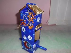 Кормушка для птиц из пакета